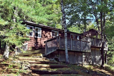 144 west clear bay point road, Kinmount Ontario, Canada Located on Crystal Lake