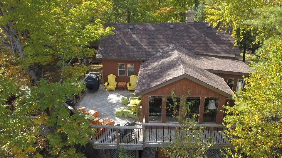 180 mill bay road, Minden Ontario, Canada Located on Crystal Lake